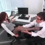 不順な動機で会社に入った変態M男を弄ぶ女上司
