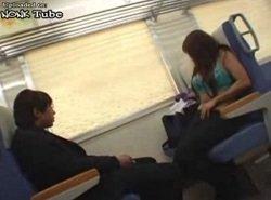 人気のない電車内で情けないリーマンに逆痴漢するJK